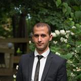 Зияев Фирдавсжон Исохуджаевич, врач-офтальмолог, Новый Уренгой, Россия.