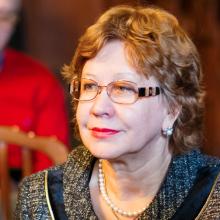 Профессор Катаргина Л.А., МНИИ ГБ им. Гельмгольца, г. Москва, Россия, март 2014г.