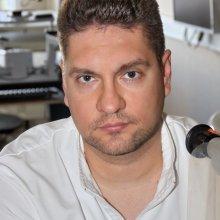 Петров С.Ю., старший научный сотрудник отдела глаукомы НИИ ГБ РАМН.