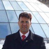 Днайнмоте Сантош, офтальмохирург, г. Пуна, Индия.